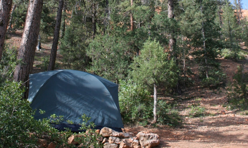 Camping in Red Canyon near Bryce Canyon National Park